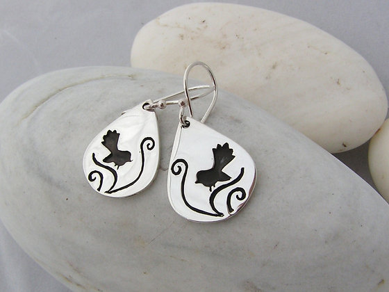 Fantail dance earrings