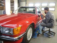 Polising a car with light polish