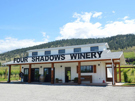 Savvy @ Four Shadows Vineyard  & Winery