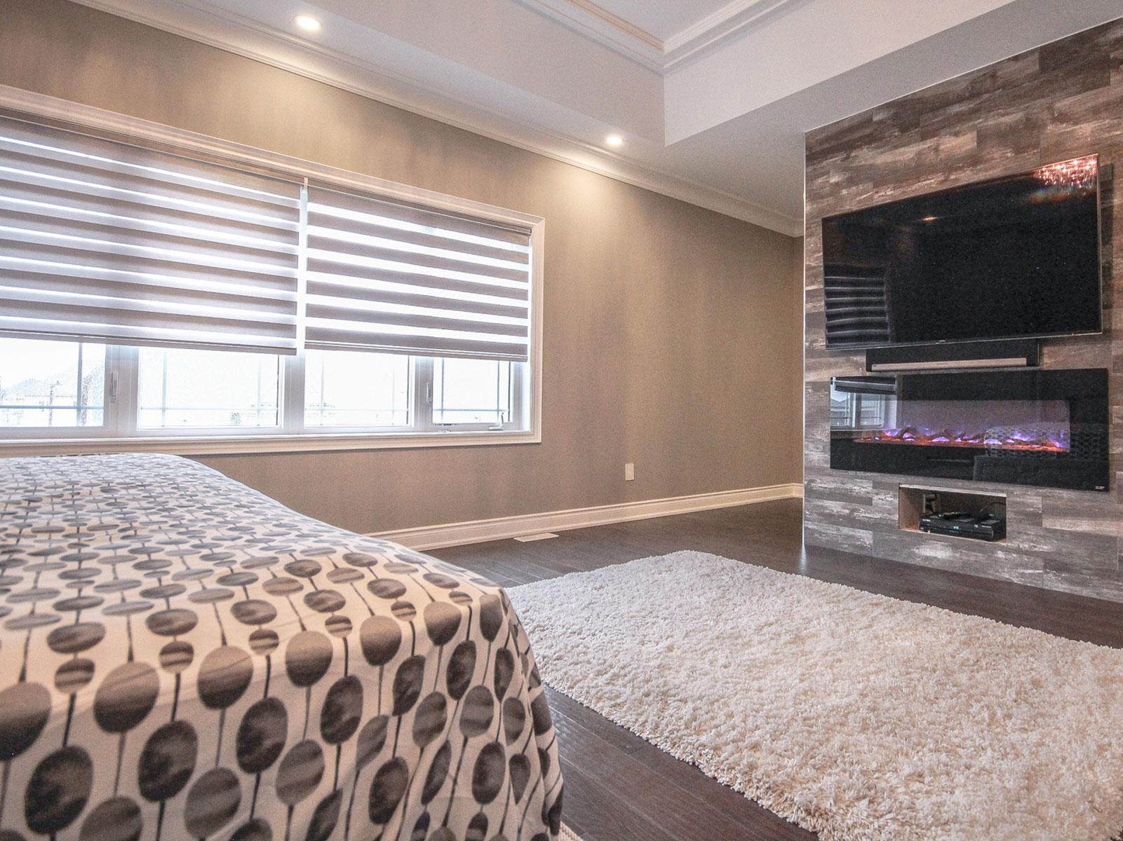 zebra-shades-bedroom.jpg