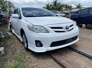 Toyota Corolla 2013 .jpg