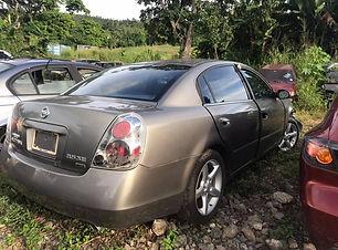 Nissan Altima V6 2005.jpg