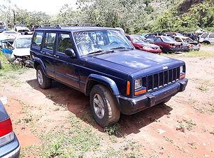 Cherokee 4x2 2001.jpg