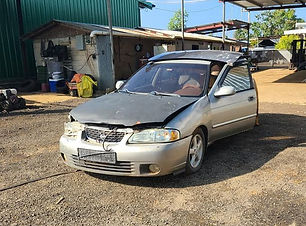 Nissan Sentra 2002.jpg