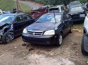 Suzuki Forenza 2006.jpg