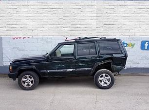 Jeep Cherokee 2001.jpg