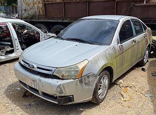 Ford Focus 2010.jpg