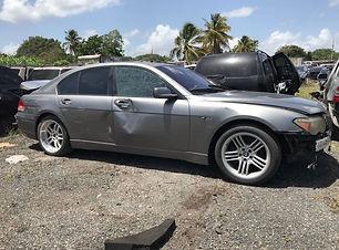 BMW 745i 2005.jpg