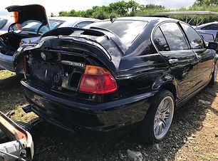 BMW 330i 2001.jpg