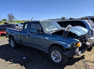 Mazda B3000 1999.jpg