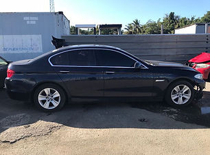 BMW 528i 2011.jpg