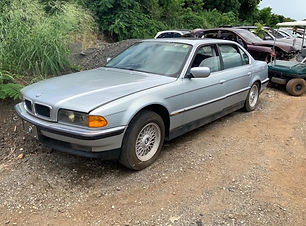 BMW 740iL 1998.jpg
