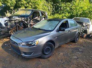 Mitsubishi Lancer std 2012.jpg