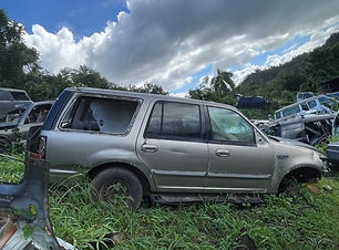 Ford Expedition 2001.jpg