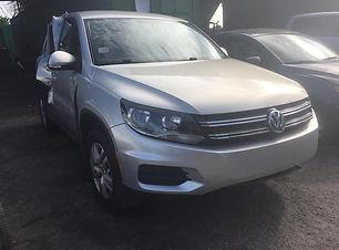 Volkswagen TIGUAN 2014.jpg