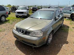 Suzuki Forenza 2005.jpg