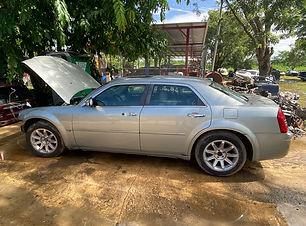 Chrysler 300 2005.jpg