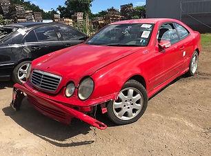 Mercedes Benz CLK430 2001.jpg