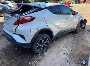 Toyota CH-R 2019.jpg