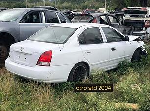 Hyundai Elantra 2005.jpg