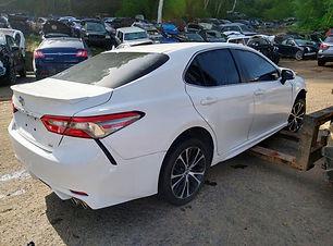 Toyota Camry 2018.jpg