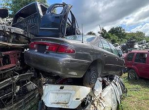Buick Regal 2002.jpg