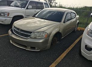 Dodge Avenger 2010.JPG