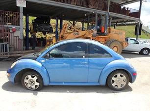 Volkswagen Beetle 2001.jpg