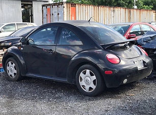 Volkswagen Beetle 1999.jpg