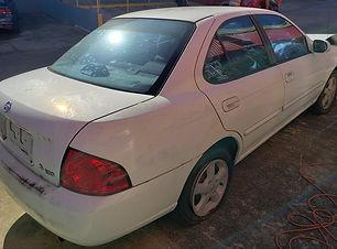 Nissan Sentra 2005.jpg