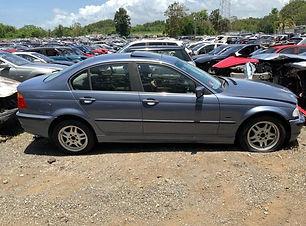 BMW 328i 1999.jpg