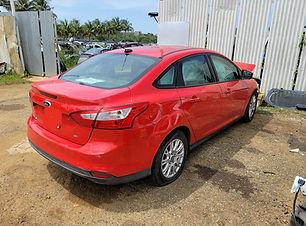 Ford Focus 2012.jpg