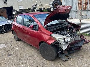 Toyota Yaris 2015.jpg