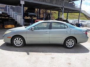 Lexus ES300 2004.jpg