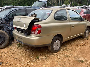 Toyota Echo 2002.jpg