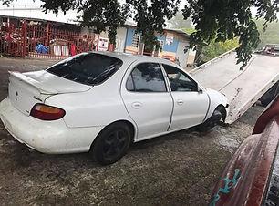 Hyundai Elantra 1997.jpg