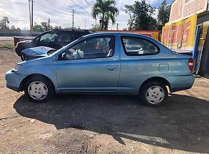 Toyota Echo 2001.jpg