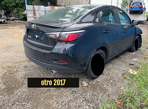 Toyota%20Yaris%202019_edited.jpg