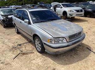 Volvo V40 1.9T 2000.jpg