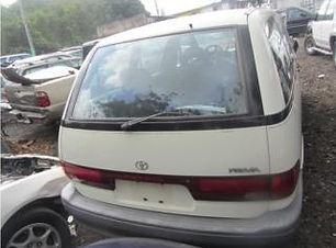 Toyota Previa 1991.jpg