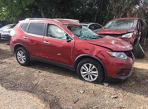 Nissan Rogue 2015.jpg