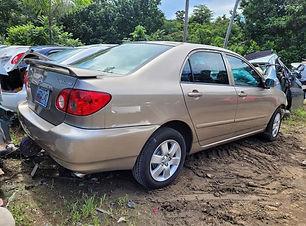 Toyota Corolla 2006.jpeg