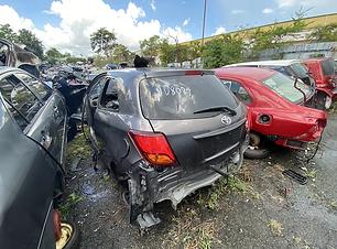 Toyota Yaris 2015 2.HEIC