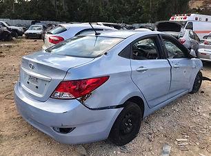 Hyundai Accent 2015.jpg
