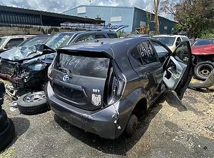 Toyota Prius C 2015.HEIC
