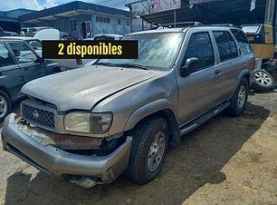 Nissan Pathfinder 2002.jpg