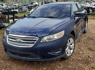 Ford Taurus 2012.jpg