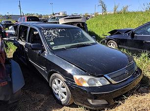 Toyota Avalon 2000.jpg