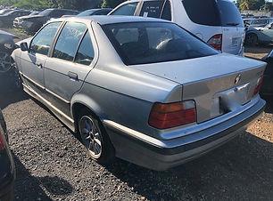 BMW 328i 1998.jpg