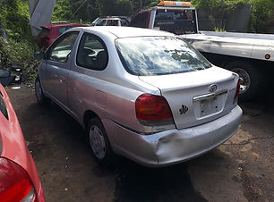 Toyota Echo std 2004.jpg